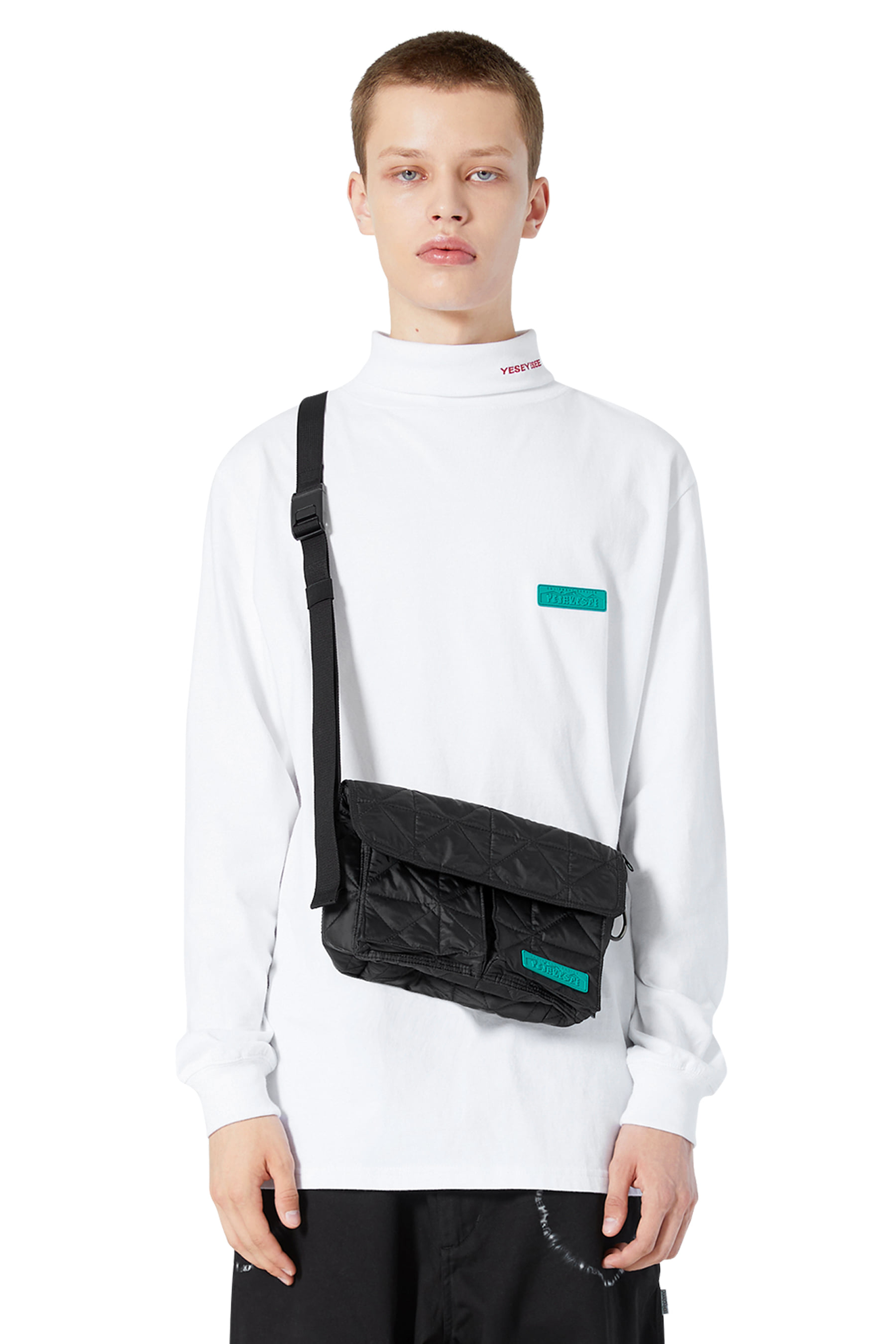Y.E.S Explorer Shoulder Bag Black