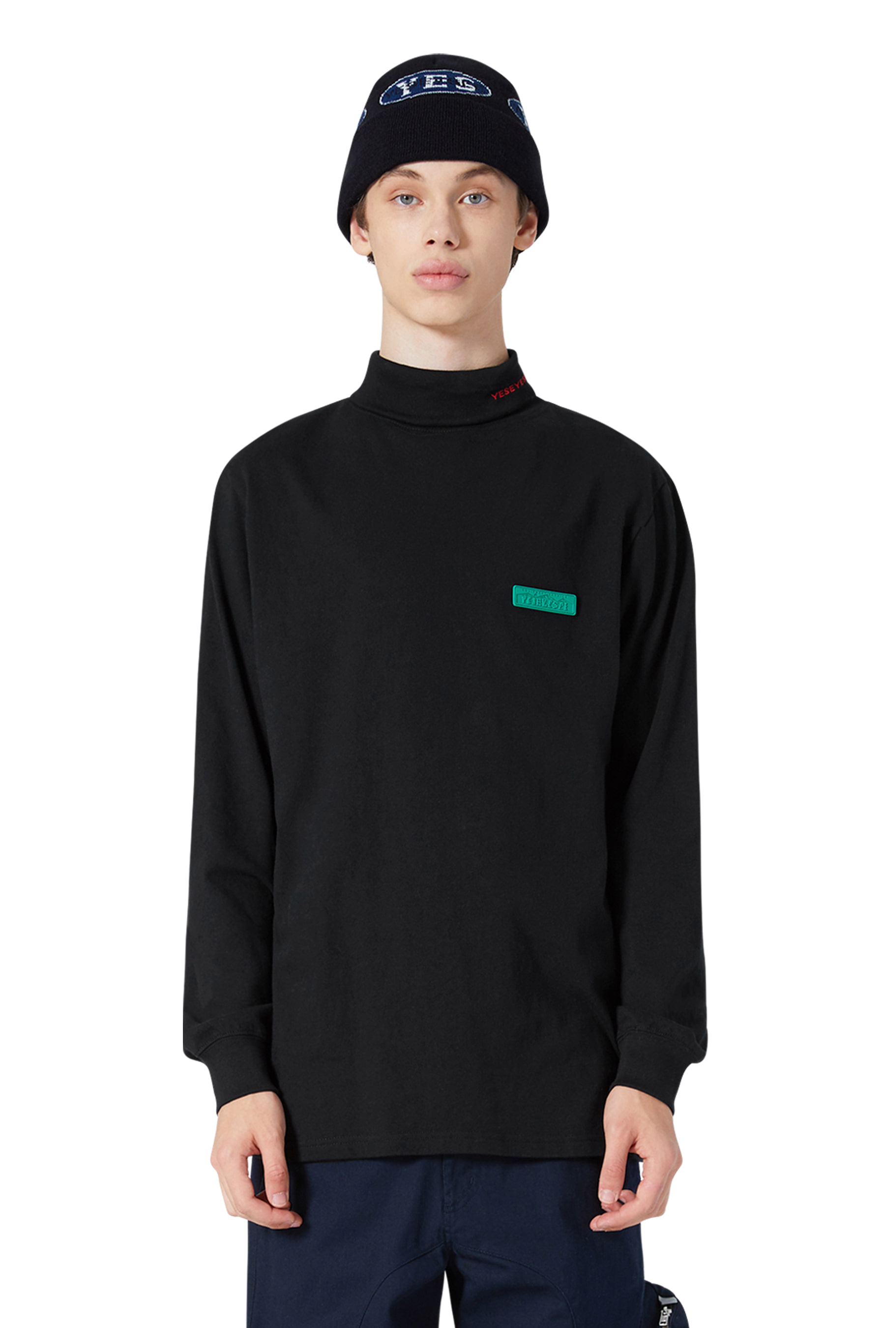 Y.E.S Twist Turtle Neck Black